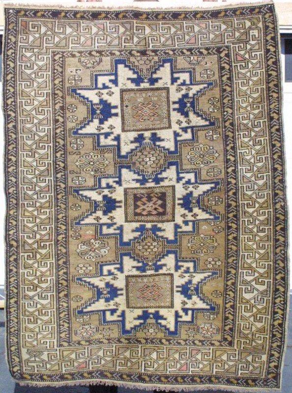 2010: Shirvan rug