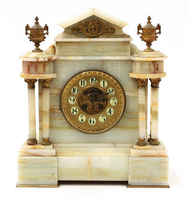 6021: French onyx mantle clock