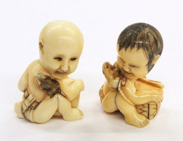 4009: Two Japanese Ivory Figural Netsuke