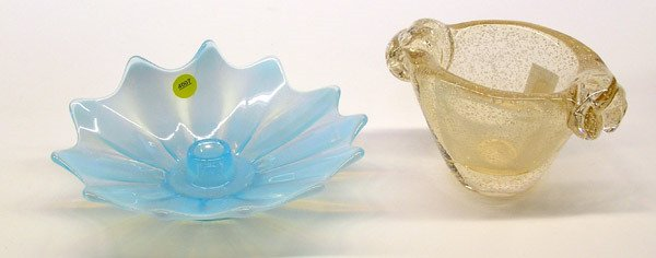 4007: Two pieces of Murano glass
