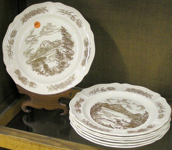 4015: Wedgewood Grand Teton scenic plates