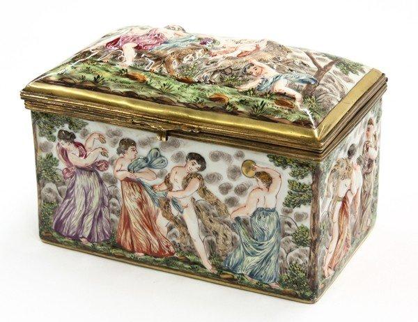 2006: Capodimonte covered box