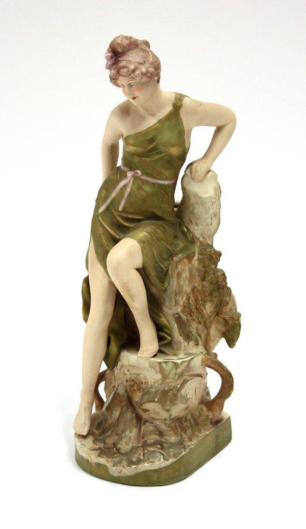 2013: Royal Dux figural group