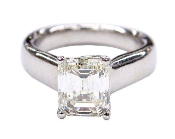2415: Solitaire diamond emerald cut platinum ring