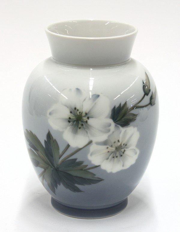 6009: Royal Copenhagen vase