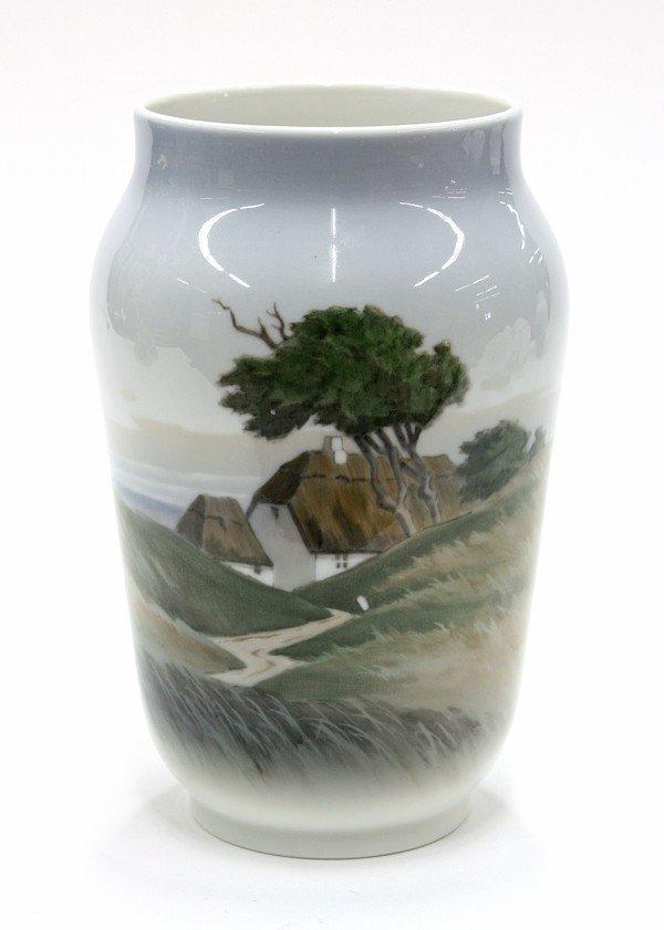6010: Royal Copenhagen vase