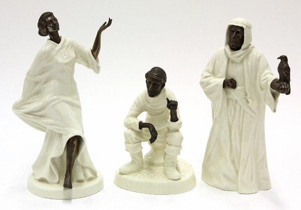 6012: Minton figural groups