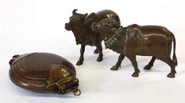 4001: East Indian Bronze Figures/Betal Nut Case
