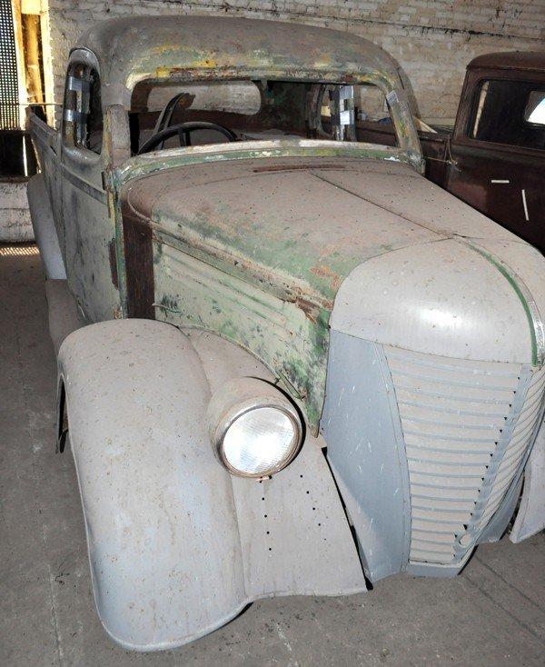12: 1939 Federal Pickup