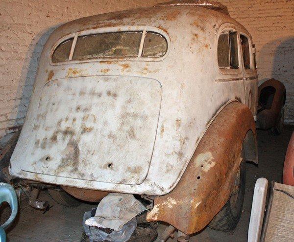 55: 1934 Cadillac Series 452 D Limousine - 2