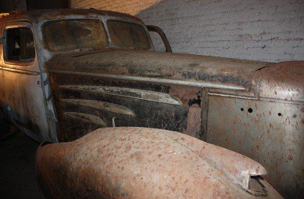 55: 1934 Cadillac Series 452 D Limousine - 3
