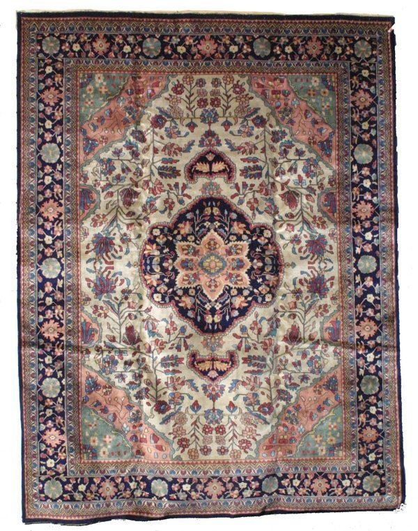 3011: Farahan medallion carpet