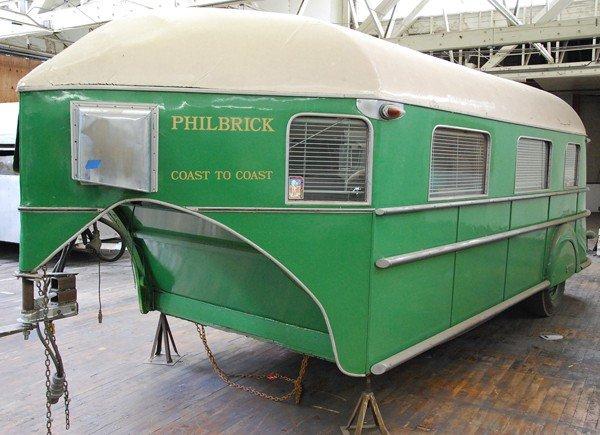 1950: 1935 Curtiss Aerocar trailer