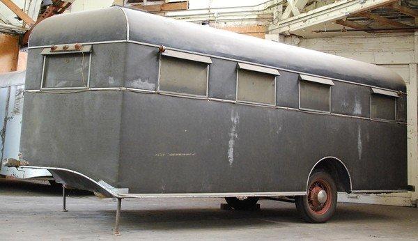 1951: 1935 Travel Coach trailer