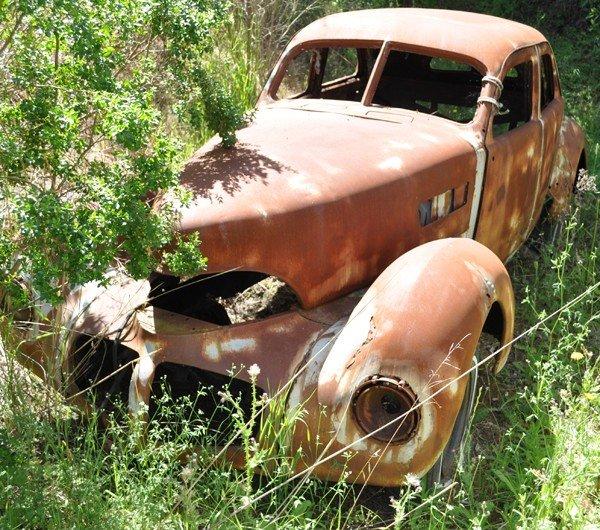 1953: 1940 Graham Sedan