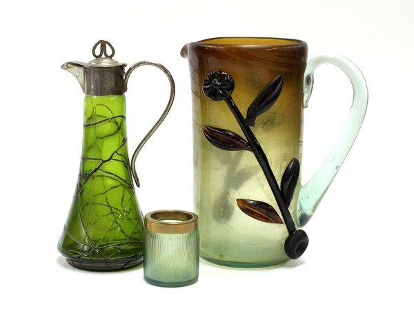 6005: Iridescent art glass group