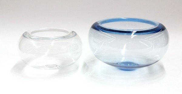 6009: Art glass vases