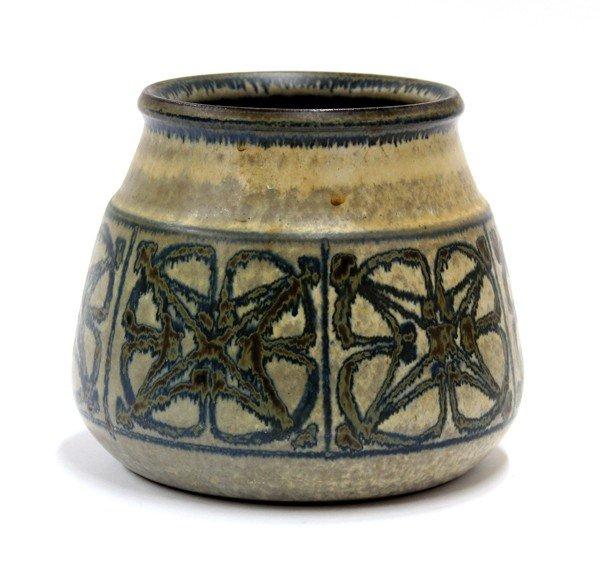 6015: Danish studio pottery