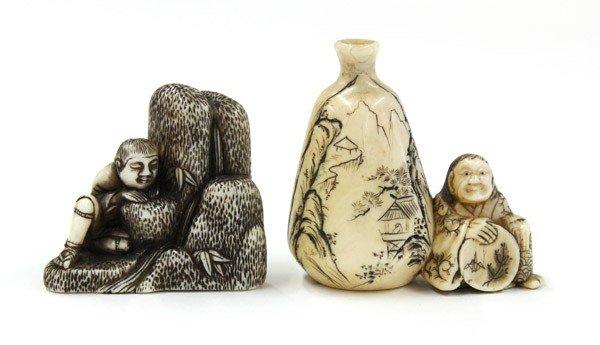 4007: Two Japanese Ivory Figural Netsuke