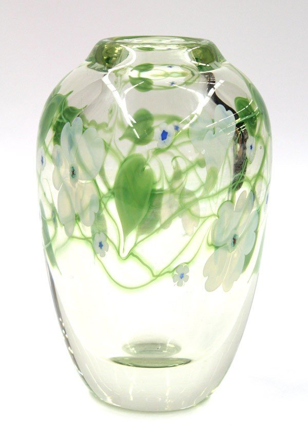 2004: Orient and Flume paperweight vase