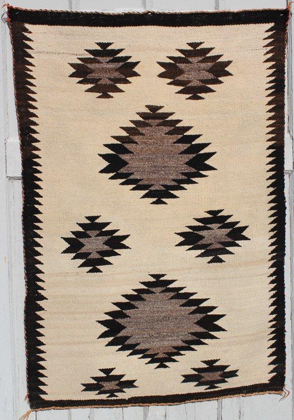 4013: Navajo small blanket