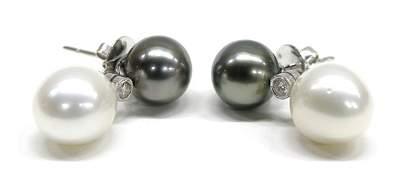 7061 Tahitian  South Sea Pearl Earrings