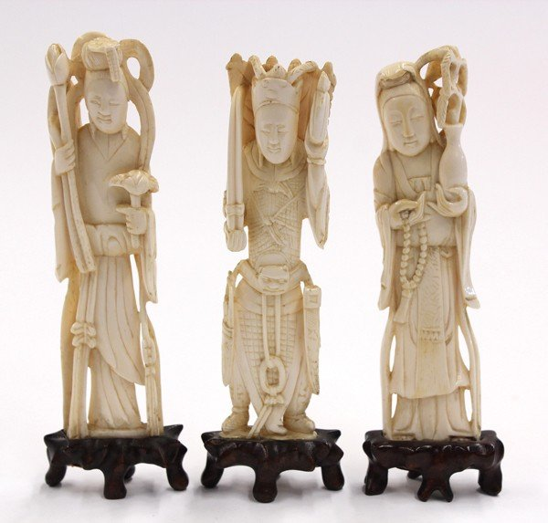4005: Chinese Small Ivory Figures