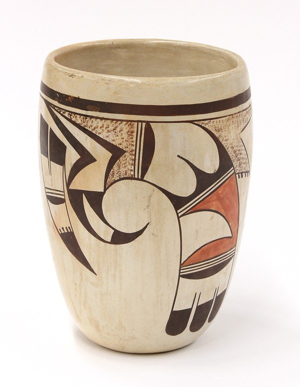 2031: Paqua Naha, First Frog woman, Hopi vase
