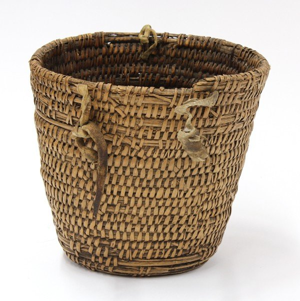 2033: Cowlitz gathering basket