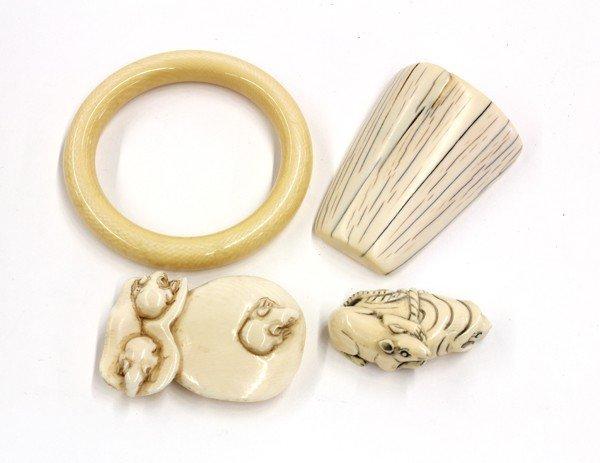 10: Japanese-style Netsuke and Ivory Items