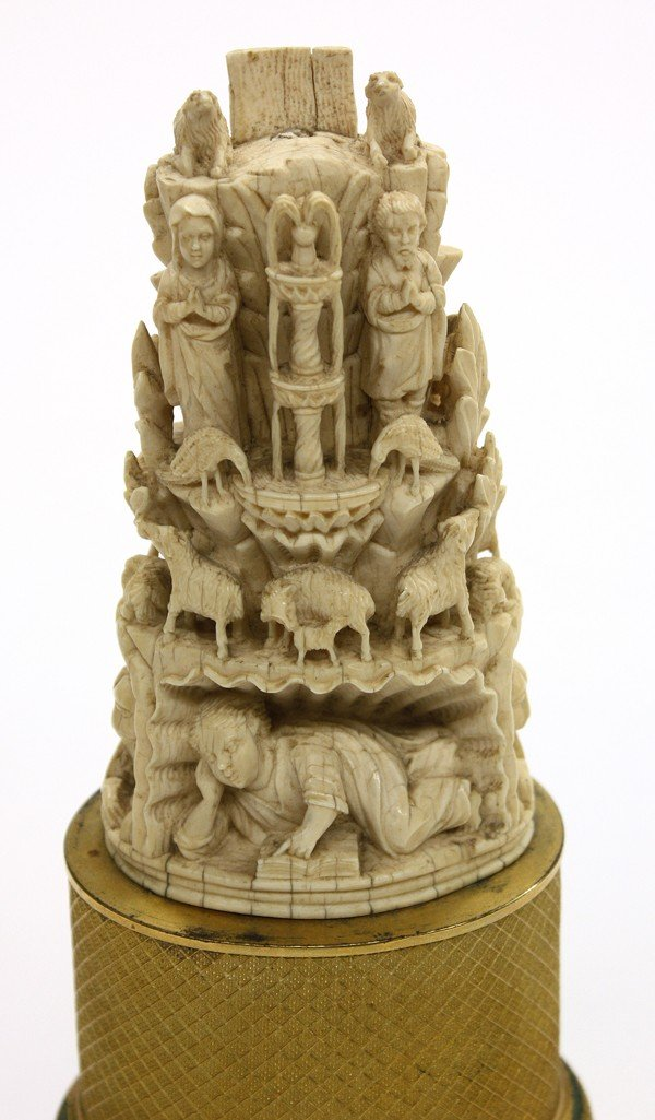 6009: Continental carved ivory sculpture