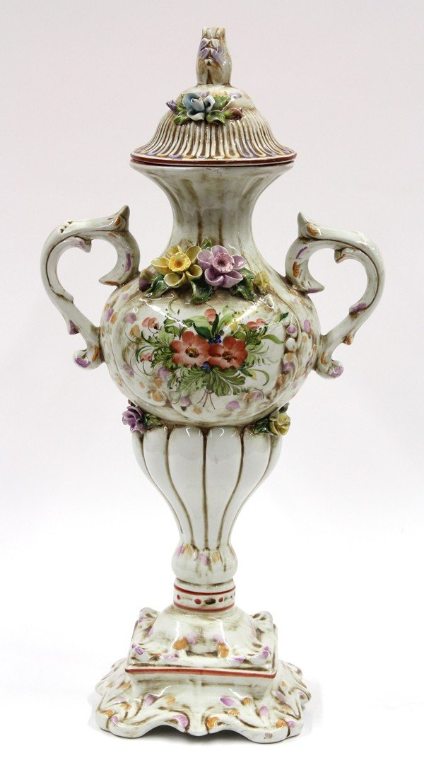 6015: Continental urn