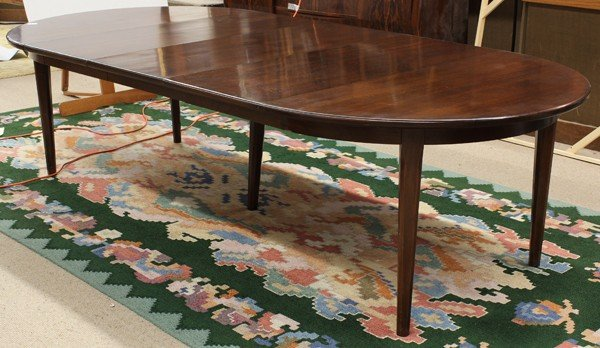 6334: Mid Century rosewood dining table