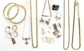 847: Collection of miscellaneous fashion jewelry items
