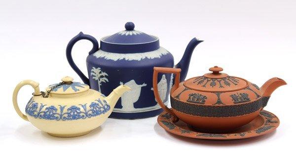 2009: Wedgwood teapot group