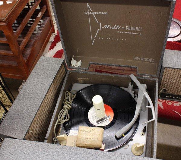 571: Mid Century Phonola record player - 2