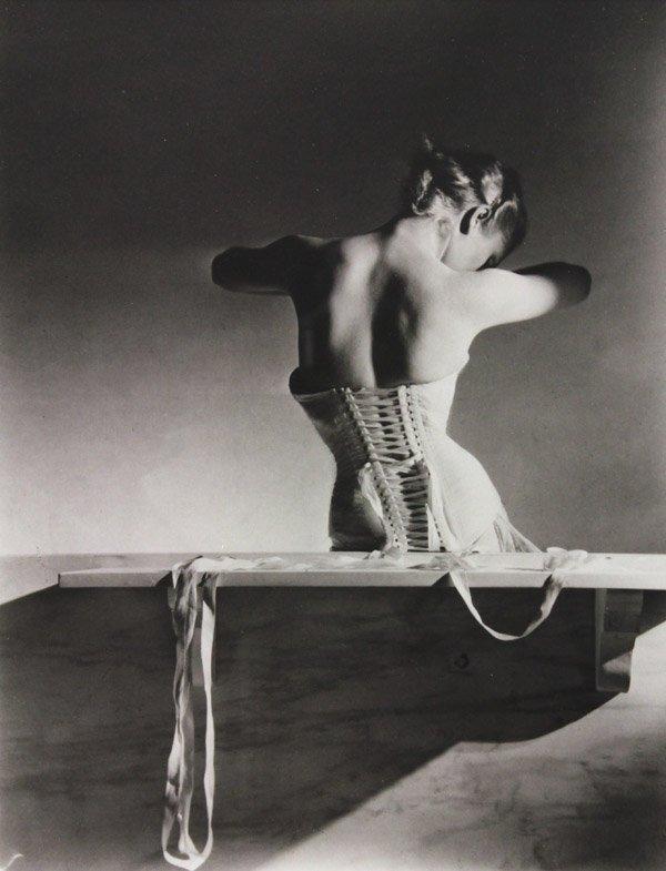6210: Photograph, Horst P. Horst, Mainbocher Corset