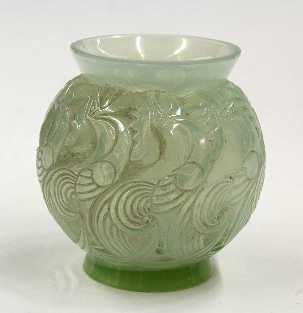 6003: R Lalique opalescent vase