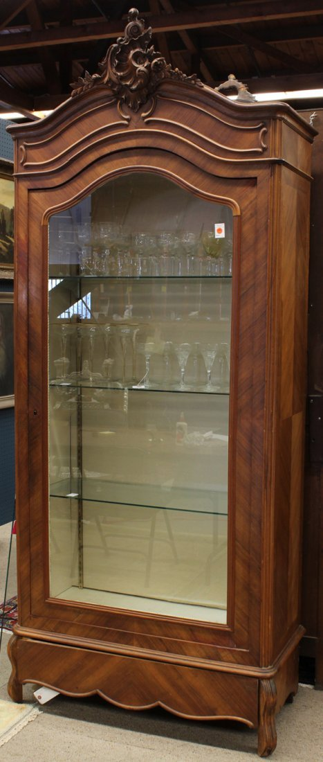 6380: Louis XVI style vitrine