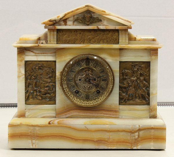 2009: Ansonia onyx mantel clock