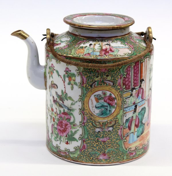 21: Chinese Rose Medallion Teapot