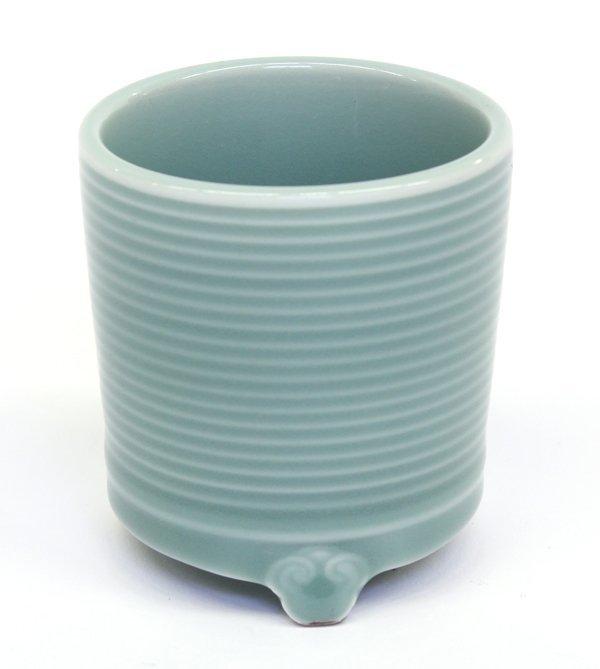 24: Chinese Celadon Porcelain Vessel