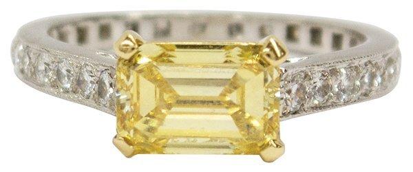6816: Graff vivid fancy yellow diamond ring