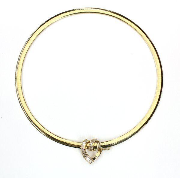 6872: 14K yellow gold choker with diamond heart pendant