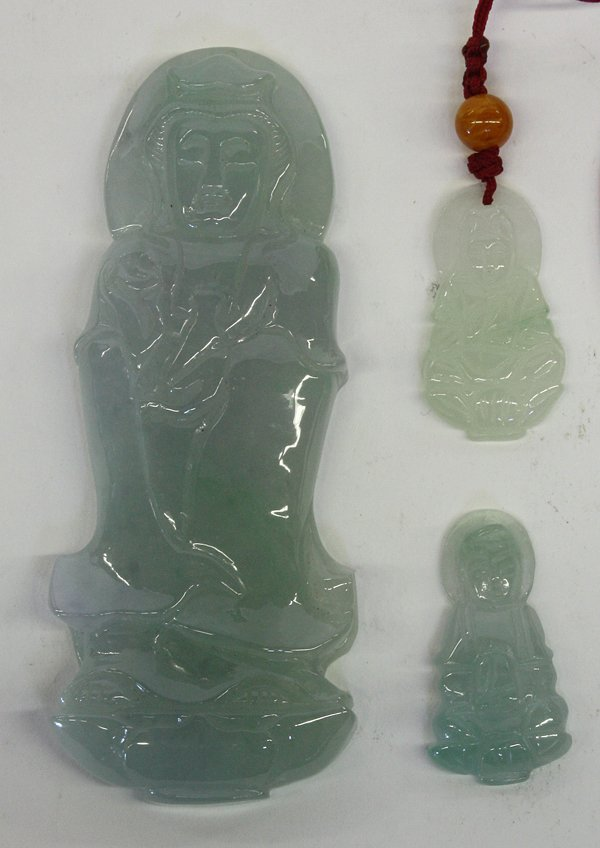 4004: Chinese Carved Jadeites Guanyin Toggles