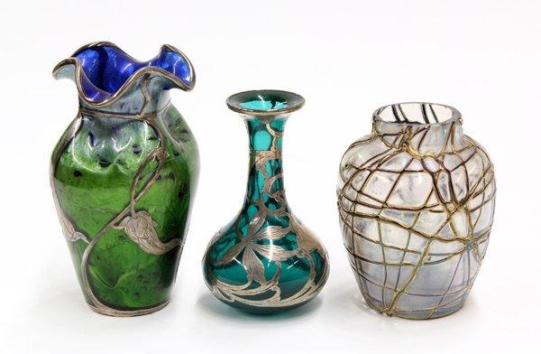2011: Iridescent art glass group