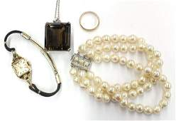 4727 Group of 4 jewelry items