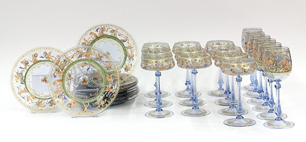 2022: (lot of 24) Venetian hand painted glass plates an