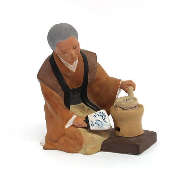 19: Japanese Hakata Urasaki Doll