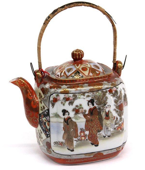 22: Japanese Kutani Teapot, Meiji Period
